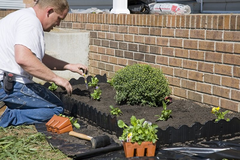 Garden and Yardwork all Year Don's Lawn Care